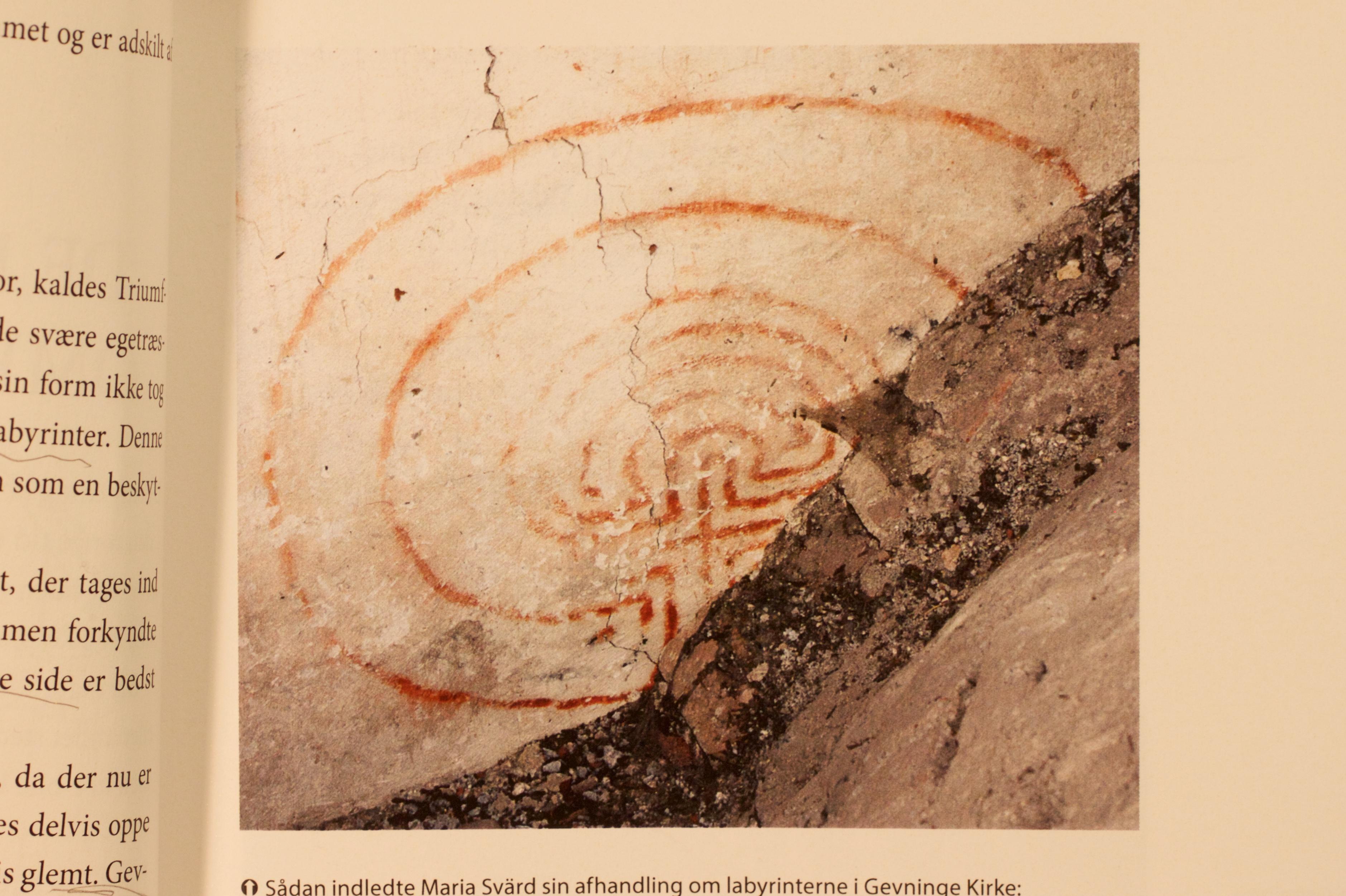 """Fra bogen """"Gevninge Kirke i tid og år"""" Foto:D-Grafisk."""